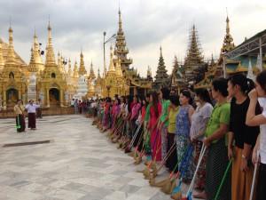 ミャンマーは女性管理者も多い